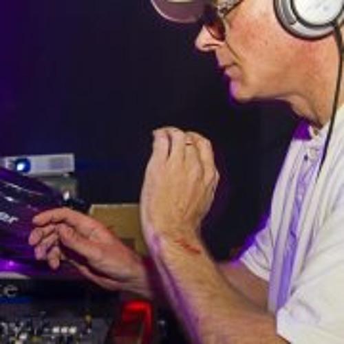 Darren Dj-v Varndell's avatar