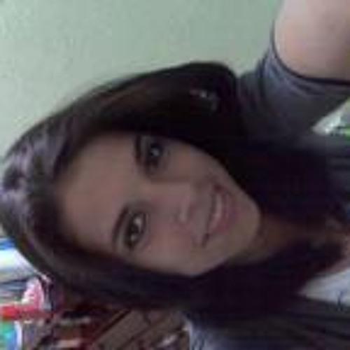 Lorena Guatache's avatar