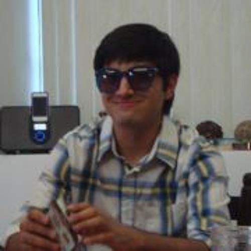 Raymundo Vera's avatar