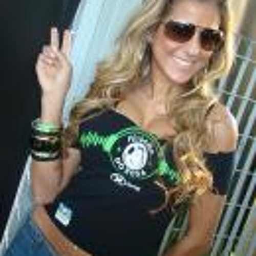 Juliana.Paes's avatar