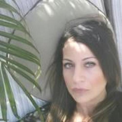 Rachel Gendron's avatar
