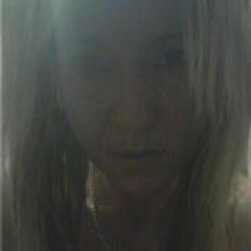 Jenni Chester's avatar