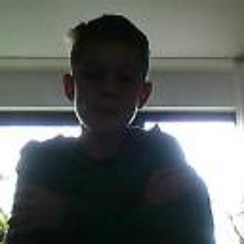 Julian Schirm's avatar