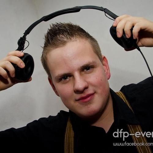 Manuel van Hias's avatar