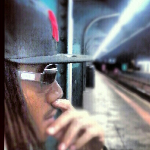 brooklyn_santana's avatar