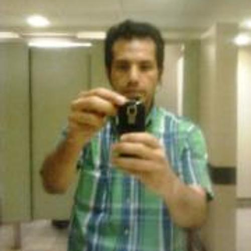 T Enrique Zapata Carcamo's avatar