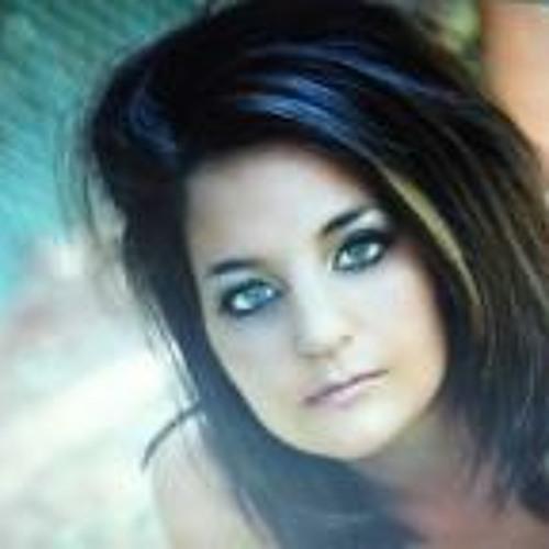 Emmie Mancil's avatar