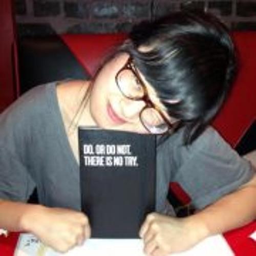 Emma Lam's avatar