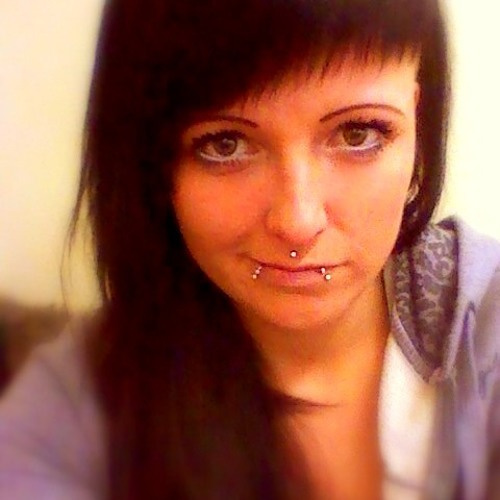 Claudi Hö's avatar