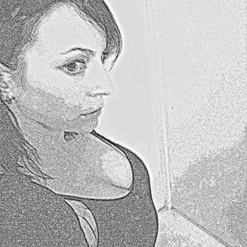 Lisa Loo 1's avatar
