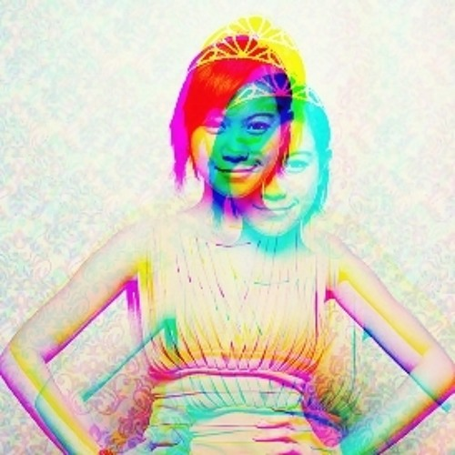 Kym Lee's avatar
