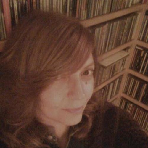 Eva Tovar's avatar
