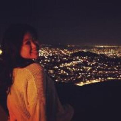 Christine Chou's avatar