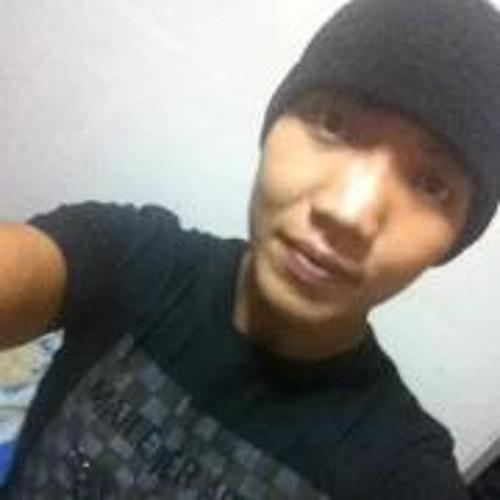 Casten AhWei's avatar