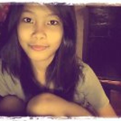 Blessie Comia's avatar