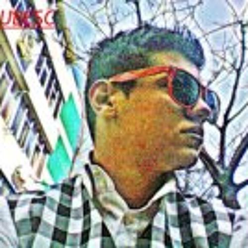 AleCs Alexutzu's avatar