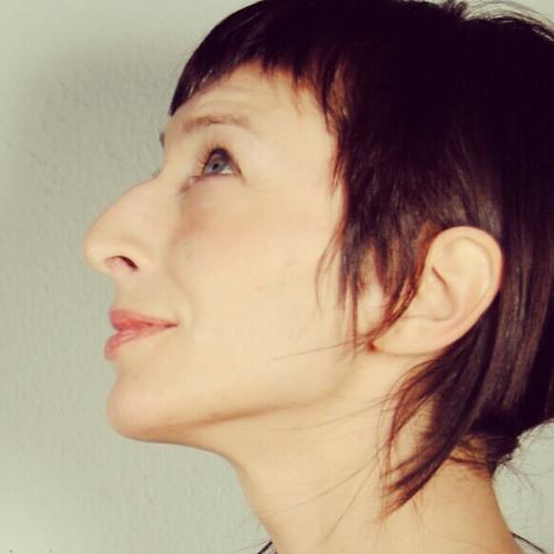 Ana Perez 6's avatar