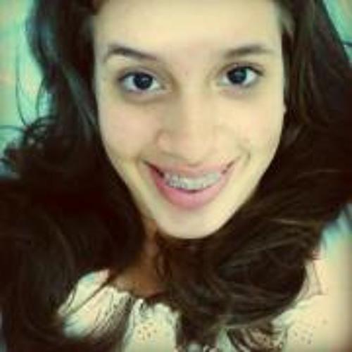 Andressa Valadares's avatar