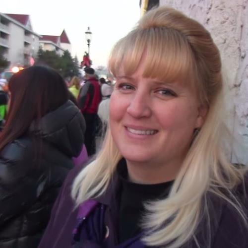 Valerie Lynne's avatar