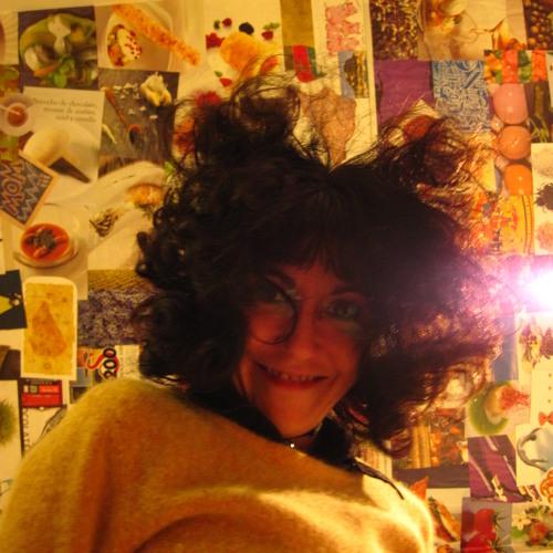 Lore Santillan's avatar