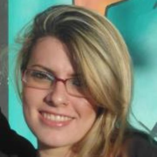 Leticia Pampani's avatar