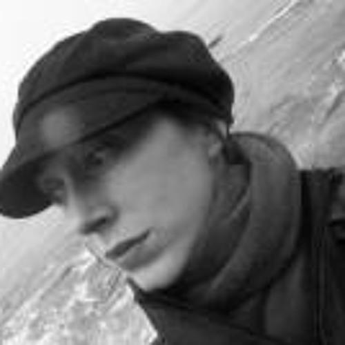 Vanessa Charron's avatar