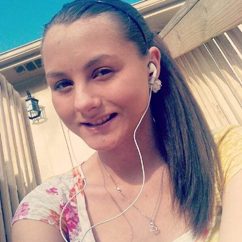 anniemariex33's avatar