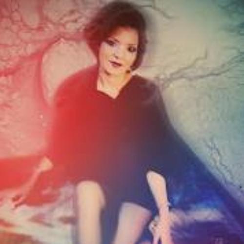 Marie Prieto's avatar