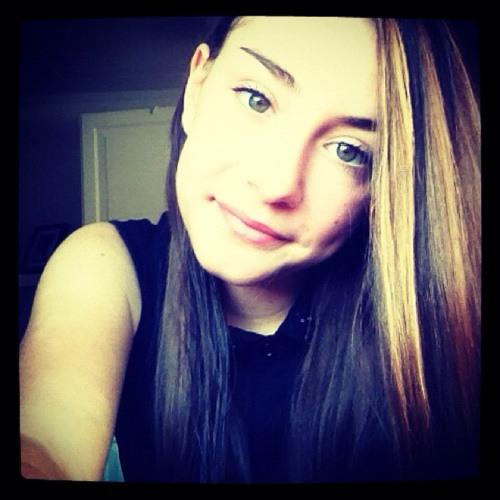 Amelia Bieber's avatar