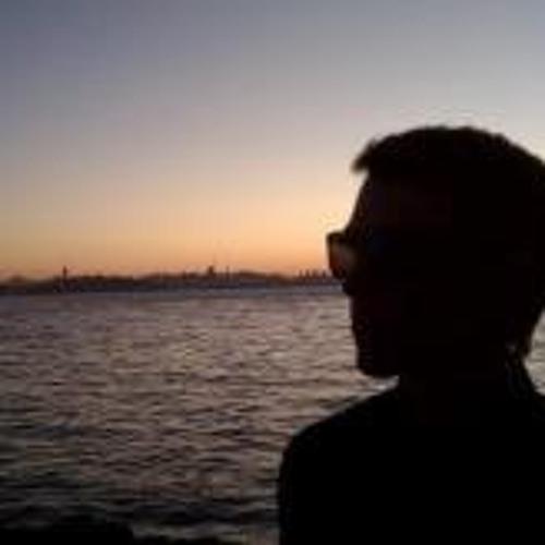 robertlong's avatar