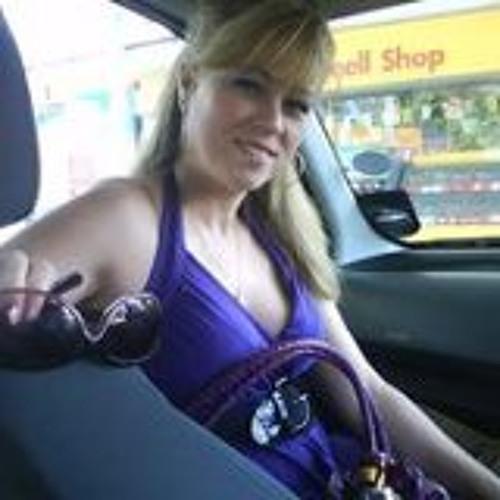 Alina Pelaez Music's avatar
