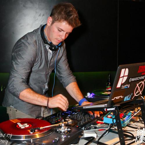 DJ Booter's avatar
