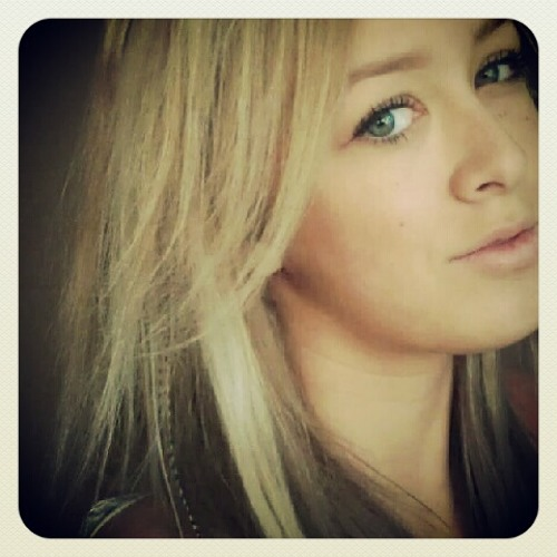 Kayleigh van Amson's avatar