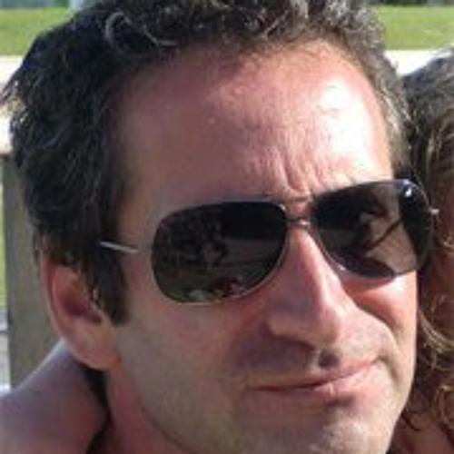 João Fernandez's avatar