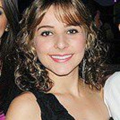Mariana Freire 4's avatar