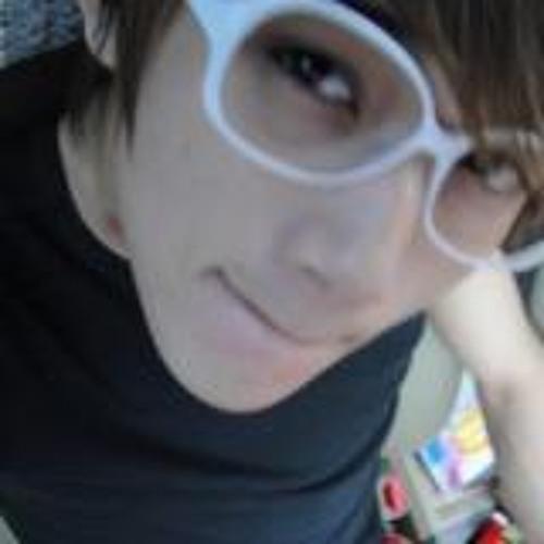 Joonie Lee II's avatar