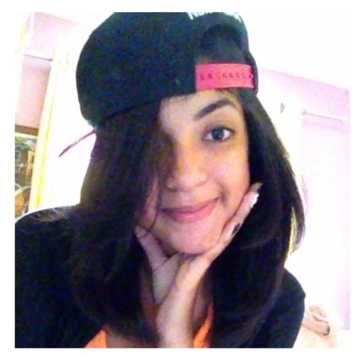Bia Andrade's avatar