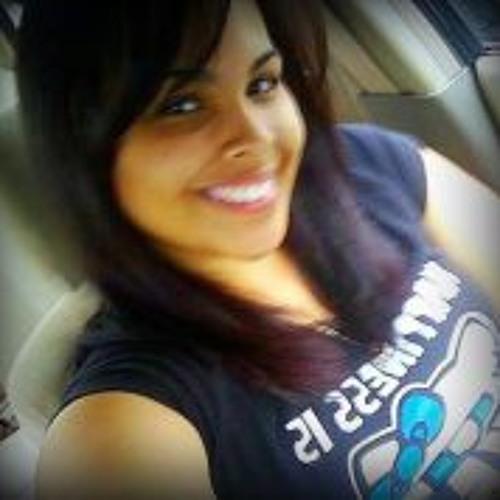 Paola Michelle Perez's avatar