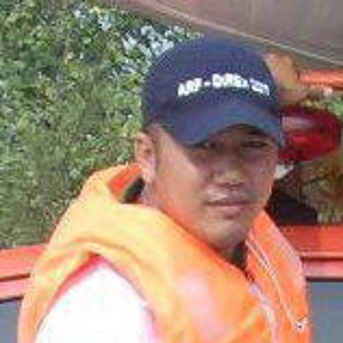 Audey Roberto's avatar