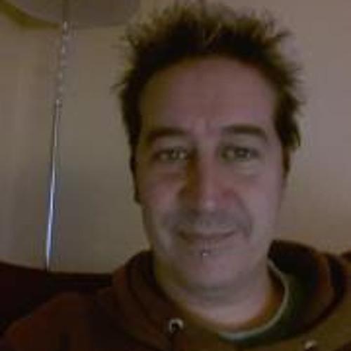 Kev Adams's avatar