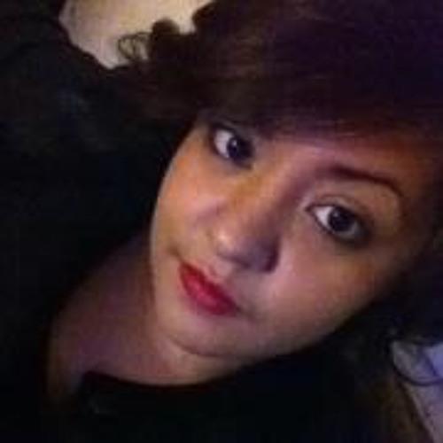 Sandra Luna 7's avatar