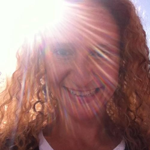 anapaulaelias's avatar
