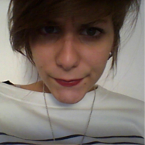 Clara Peruchon's avatar