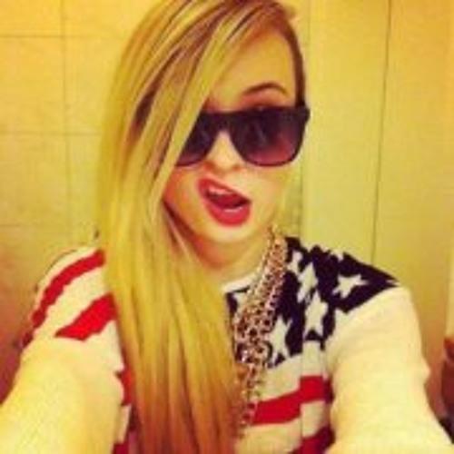 Khyla Slahby's avatar
