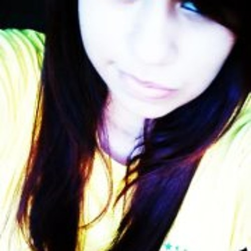 Luciane S''s avatar