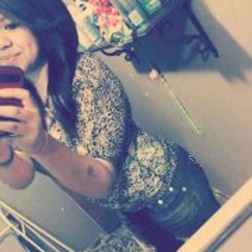 Inez Rayleen Carrillo's avatar
