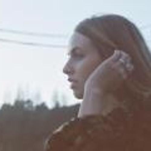 Annabelle Shumann's avatar