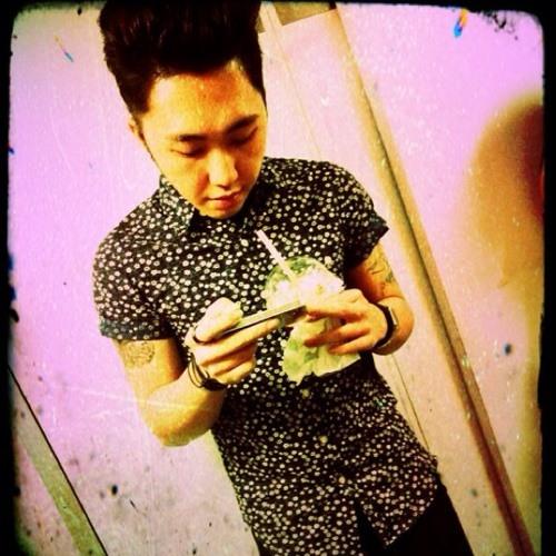 Wei Liang Nipapa's avatar