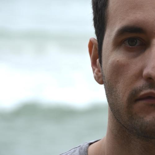 Tiago Vin's avatar