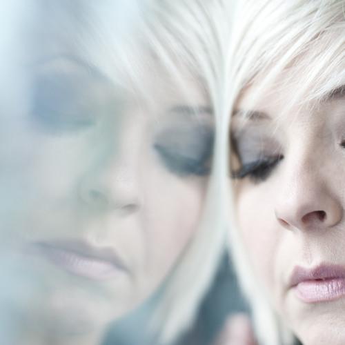 Julie Thompson Music's avatar